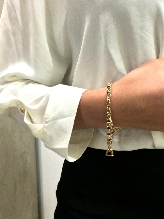 """Gold """"lucky"""" bracelet"""