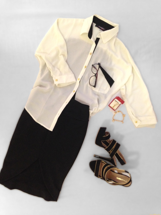 Chic outfit. Pencil skirt, two-tones blouse and black heels.