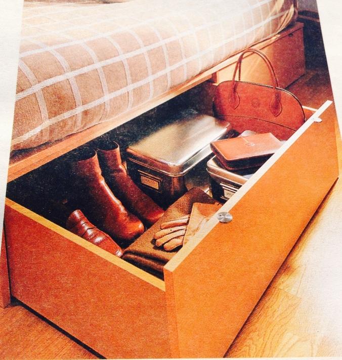 Aprovecha el espacio debajo de la cama
