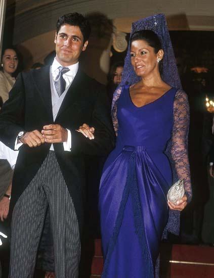Mantilla en boda. Sevilla España