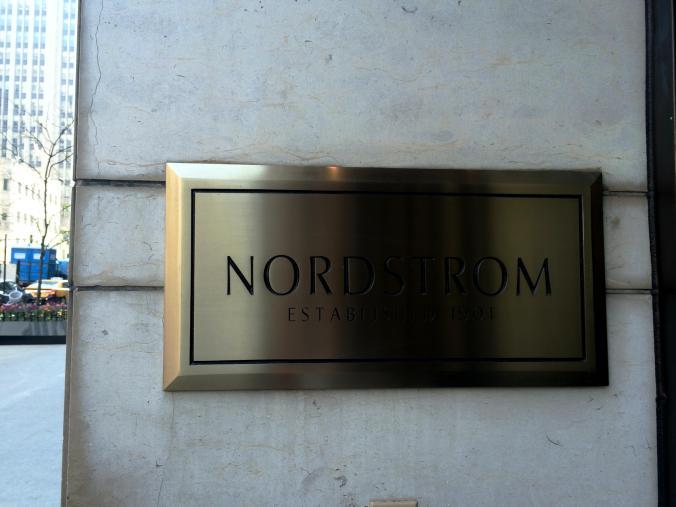 Nordstrom (520 N Michigan Avenue) - Magnificent Mile