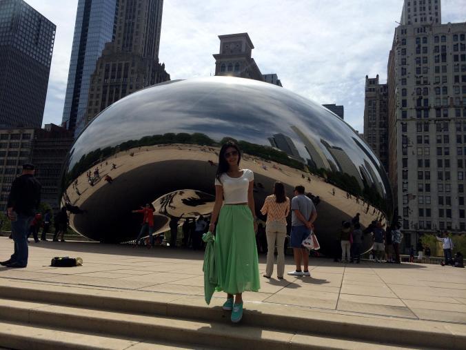 "Cloud Gate or ""Silver Bean"" Millenium Park - Chicago."