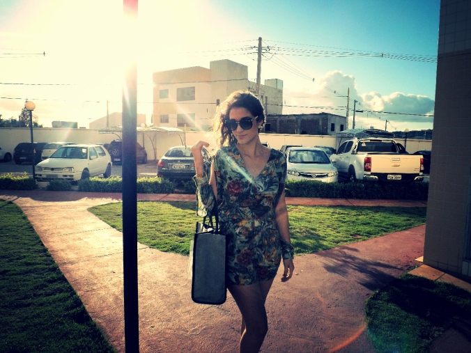 Look elegante tropical. Brasil primavera - verão 2014.