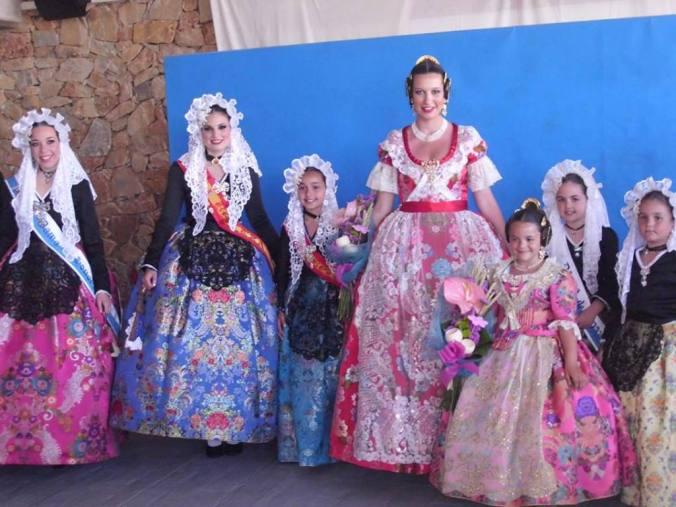 Alejandra-Pastor-con-Bellezas-del-Fuego-de-Alicante