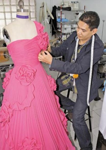Un día con el diseñador Zorobabel Flores