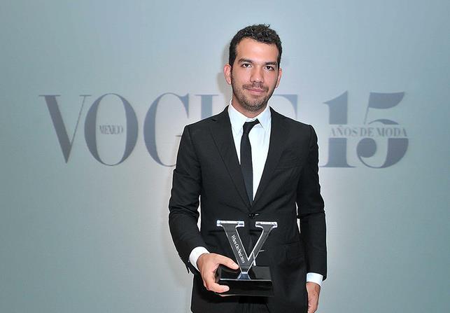 Francisco Cancino, ganador del concurso de diseño de modas organizado por vogue en mexico who's on next, tercera edición, año 2014