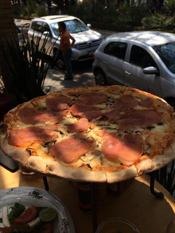 Piola Pizzas. Valle de Bravo (México)