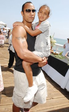1848478725_dwayne_the_rock_johnson_with_his_kid