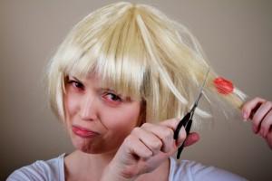 Los 15 mejores usos del aceite de coco. Eliminar chicle del pelo