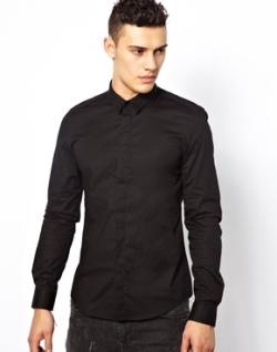 Patrones oscuros. Como vestir hombres bajos