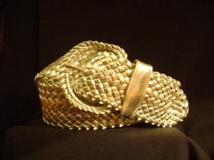 Fashion Fails: Cinturón trenzado brillante